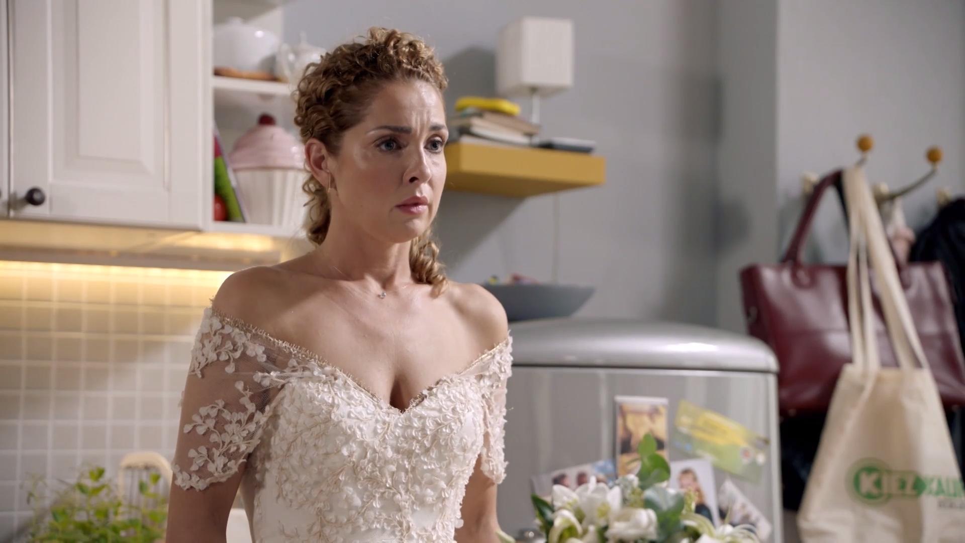 Sagt Nina die Hochzeit ab?