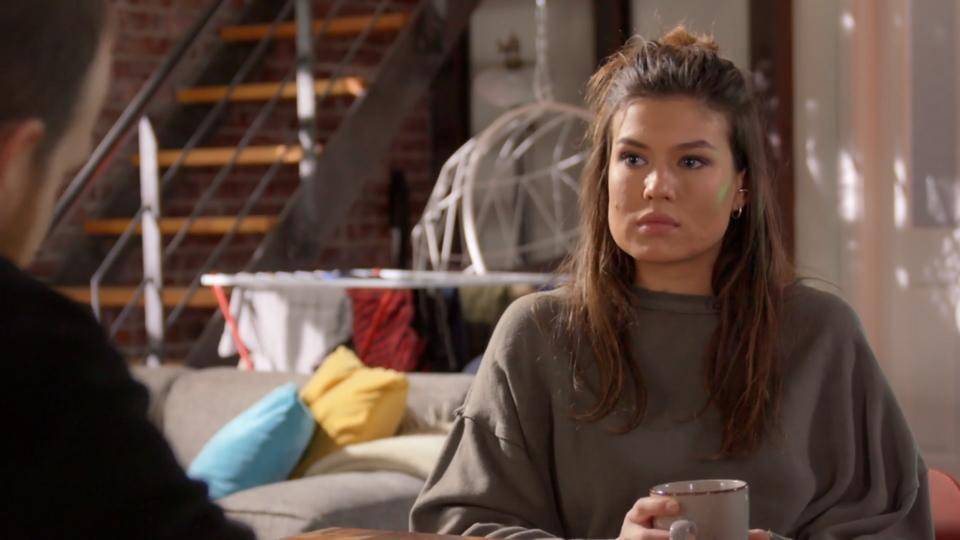 Unter uns: Vivien sieht für ihre Beziehung mit Tobias